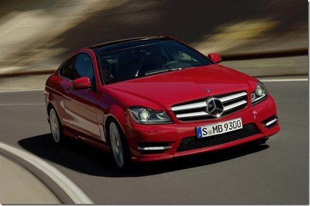 Vazam imagens do Mercedes Classe C Coupé