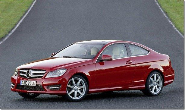 Mercedes revela oficialmente o Classe C Coupé