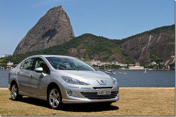Peugeot 408 é a nova aposta da marca no segmento de médios
