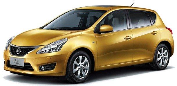 Oficial: Nissan Tiida 2012