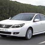 Renault Latitude é lançado na Argentina; e o Brasil?