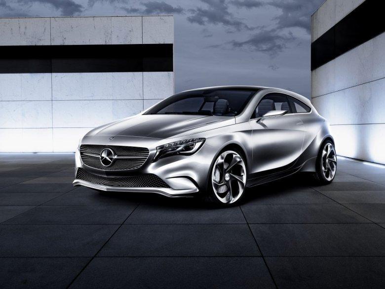 Mercedes-Benz confirma que a versão de produção da Classe A terá versão AMG