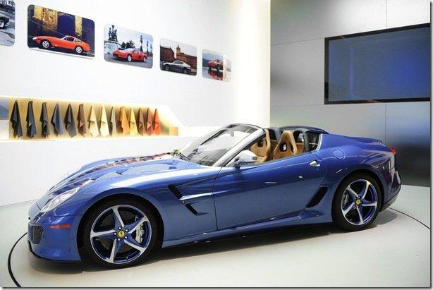 Ferrari apresenta Superamerica 45