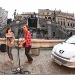 Peugeot 207 2012 é revelado em imagem de divulgação de video publicitário