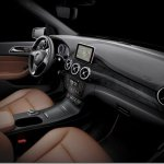 Mercedes revela o interior do novo Classe B