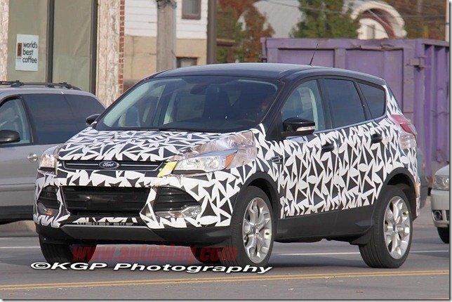 Novo Ford Escape/Kuga aparece com menos camuflagem