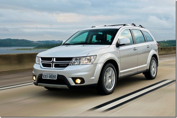 Dodge Journey 2012 é lançado por R$ 97.500
