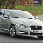 Jaguar XF Sportbreak começa a dar as caras