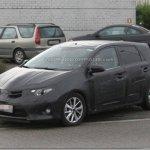 Novo Toyota Auris pode adiantar as formas do novo Corolla