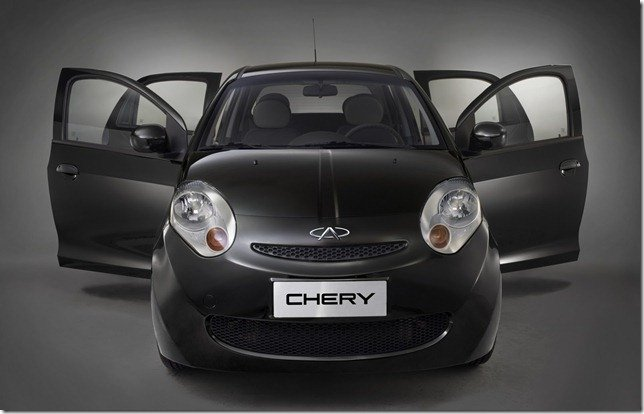 Concessionárias ainda vendem  Chery S-18