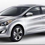 Hyundai Elantra ganha nova dianteira na China