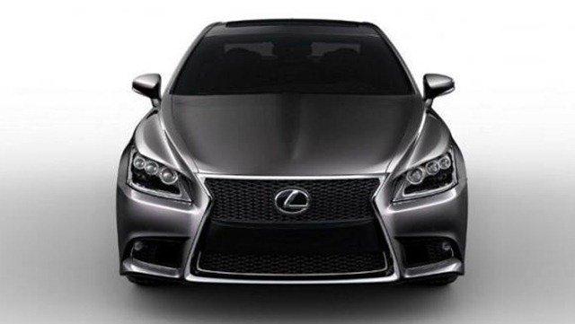Vazam imagens do novo Lexus LS