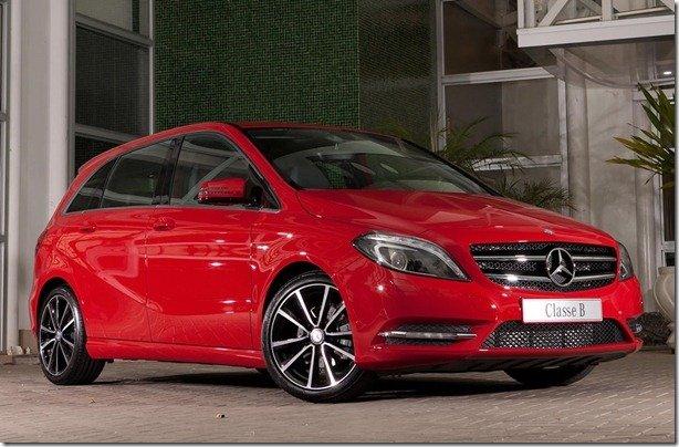 Mercedes reduz preços em até 24%
