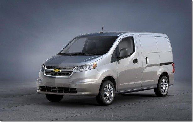 Chevrolet terá versão renomeada do Nissan NV200