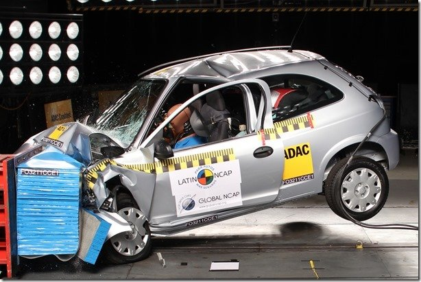 """""""Carros brasileiros são letais"""", diz Associated Press"""