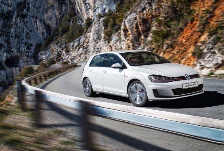 Volkswagen realiza avant-première do Golf VII no Brasil