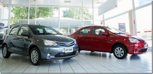 Toyota Etios 2014 chega às lojas com novidades