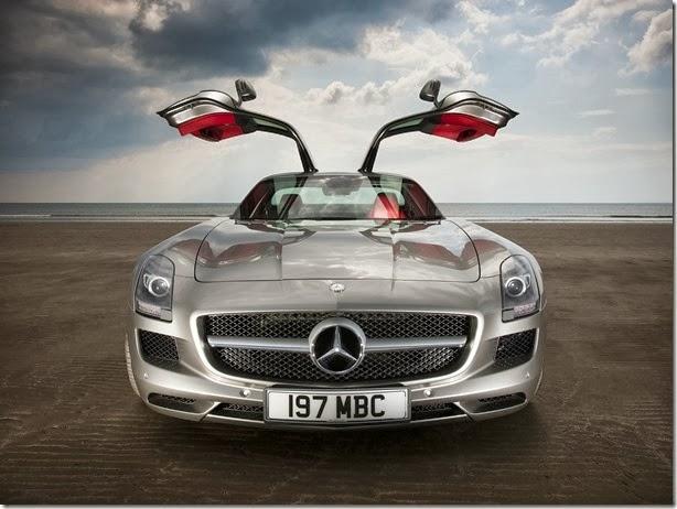Mercedes SLS AMG terá produção encerrada em junho de 2014