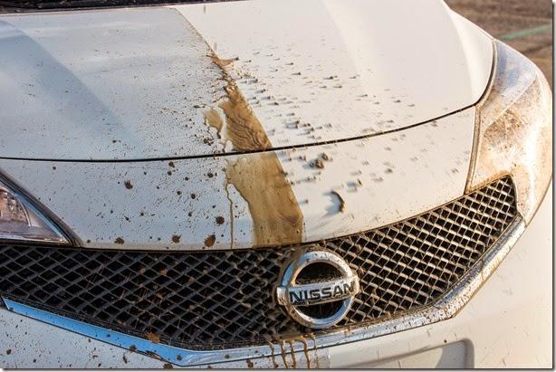 Nissan cria pintura autolimpante