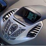 Ford mostra o sistema SYNC do novo Ka