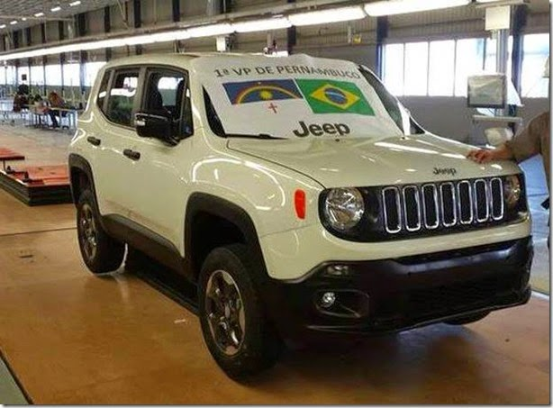Primeiro Jeep Renegade é produzido em Pernambuco