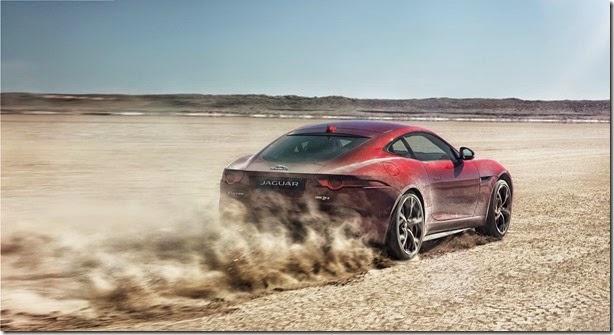 Jaguar F-Type ganha opção de tração integral