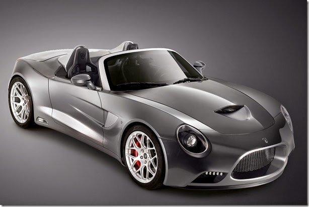 Puritalia apresenta o 427 Roadster