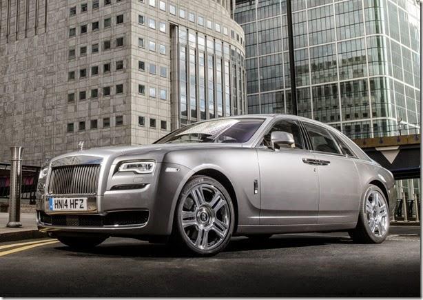 Rolls-Royce Ghost Series II chega ao Brasil custando R$ 2,9 milhões