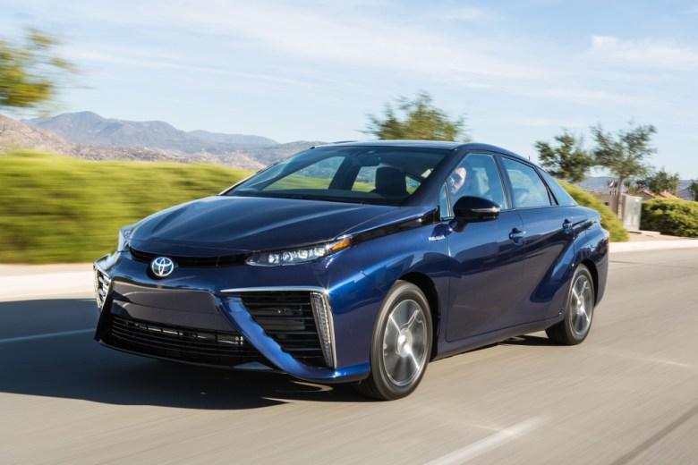 Toyota Mirai tem todas as unidades vendidas até 2018 no Japão