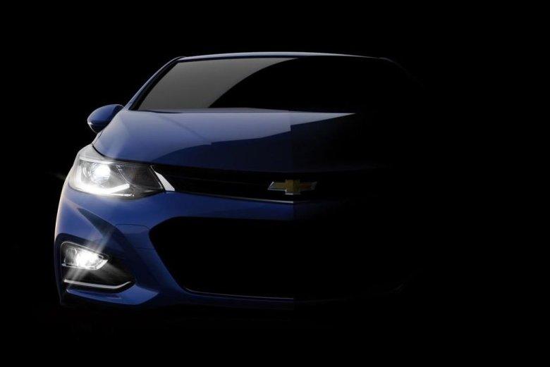 Chevrolet Cruze 2016 aparece em novo teaser