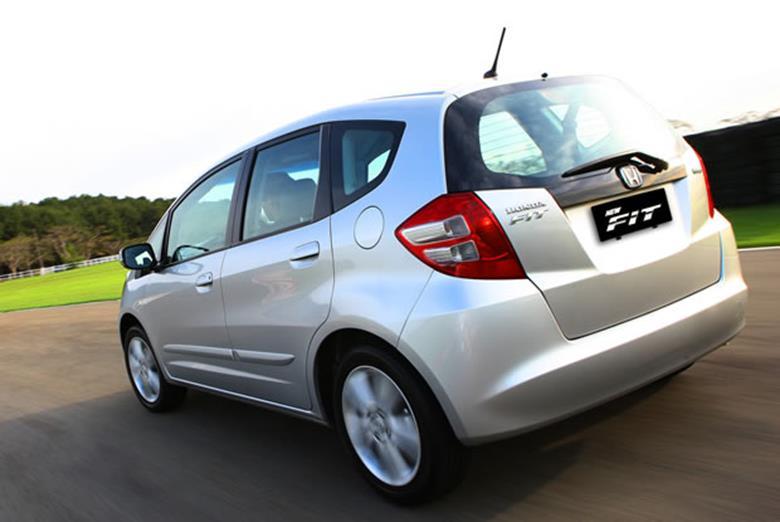 Honda convoca Fit, Civic e CR-V para recall por falhas nos airbags