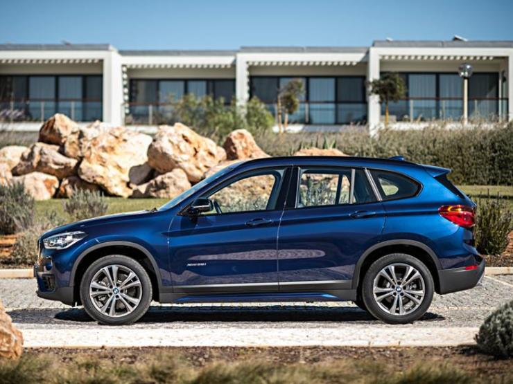 bmw_x1_xdrive25i_sport_line_11 (Copy)