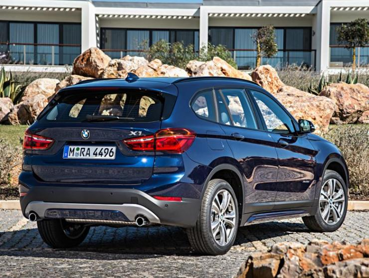 bmw_x1_xdrive25i_sport_line_13 (Copy)