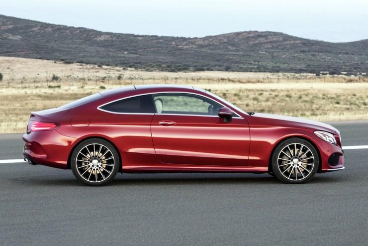 2017-Mercedes-C-Class-Coupe-34