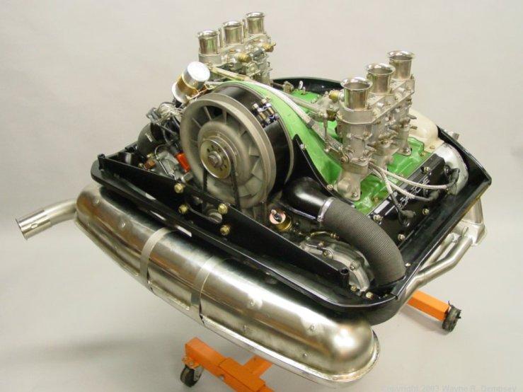 Engine10_Med