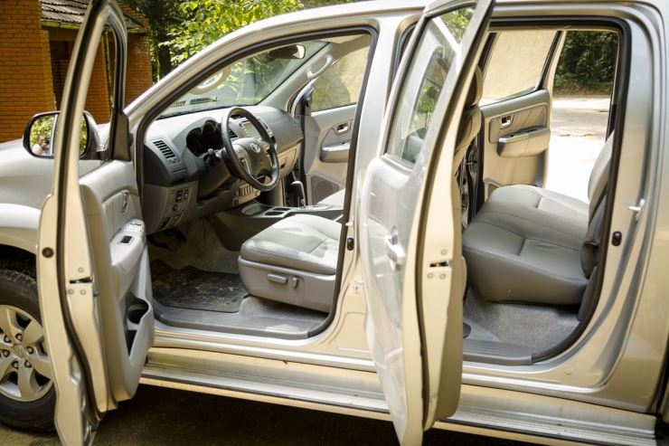 Toyota Hilux SRV Flex (13)