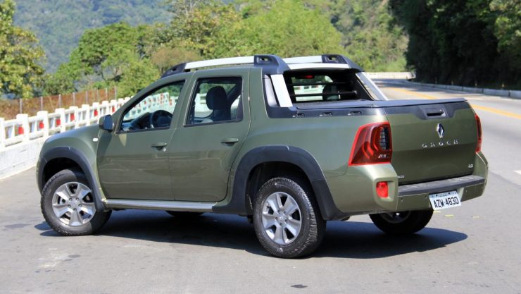 Renault Duster Oroch Dynamique 2.0 (8)