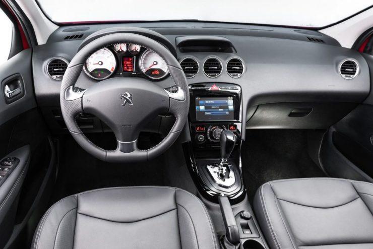 Peugeot 308 2016 (7)