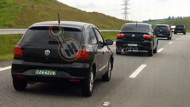 Volkswagen GOL E VOYAGE 2017 (1)