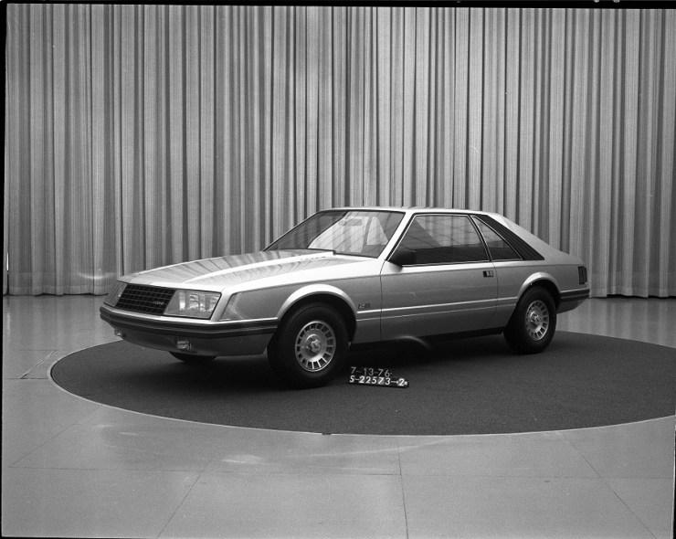 Protótipo, em versão quase final, para o Mustang Fox com carroceria hatchback