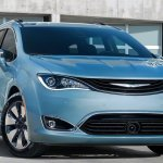 007-2017-chrysler-pacifica-hybrid-1