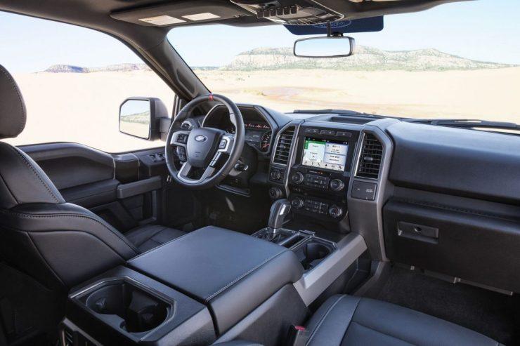 gray-raptor-interior-pass-side-0017-2500px-1