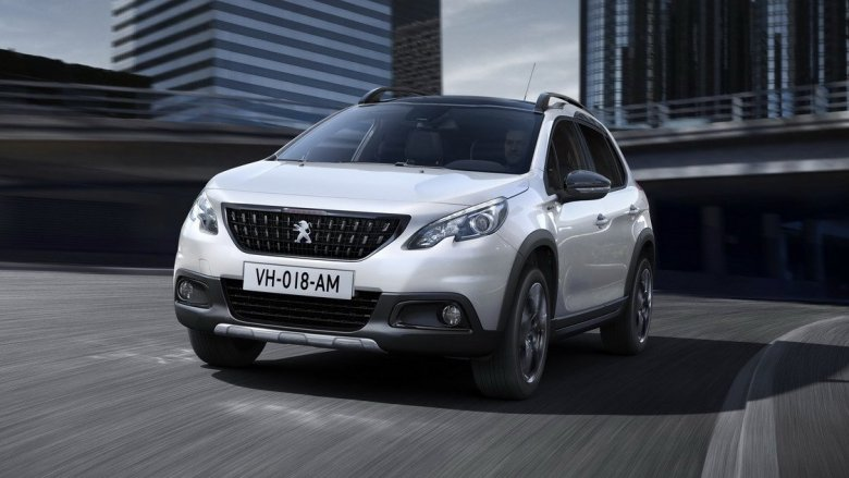 Peugeot 2008 passa por sua primeira reestilização