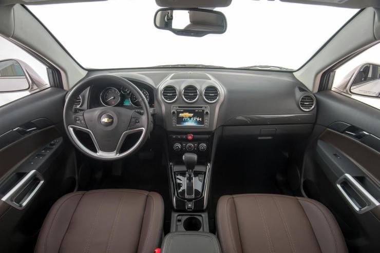 Chevrolet-Captiva-2017 (2)