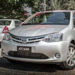 Toyota Etios 2017 tem motores mais potentes e novas transmissões; parte dos R$ 43.990