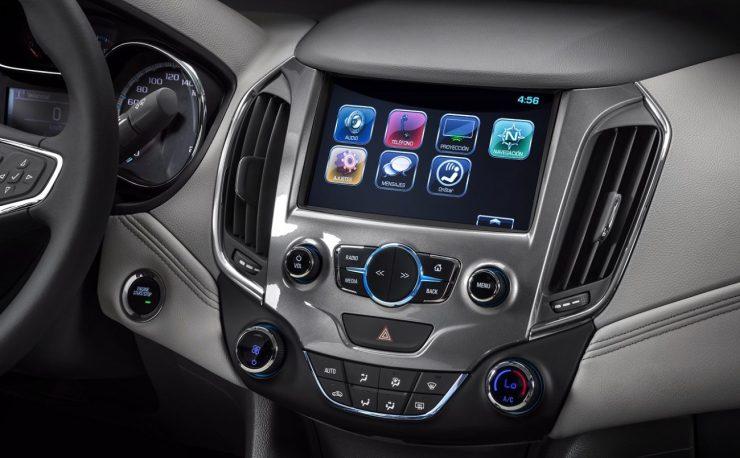 Chevrolet-Cruze-MyLink-2