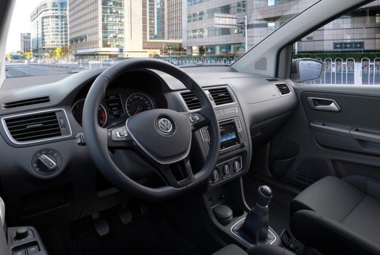 Volkswagen-Fox-2017-Run (2)
