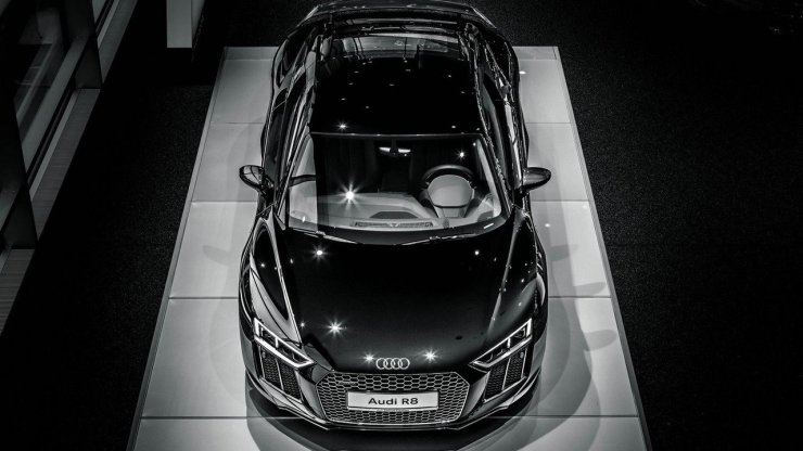 audi-r8-v10-plus-mythos-black1
