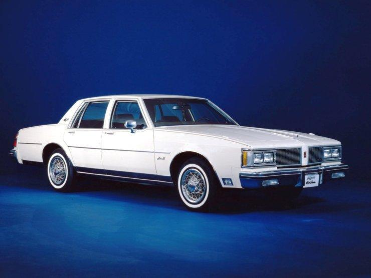 autowp.ru_oldsmobile_delta_88_royale_brougham_sedan_2