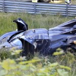 Um dos sete Koenigsegg One:1 colide em Nürburgring